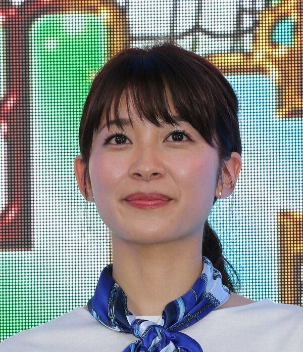 【画像】山本里菜アナ、同僚とセーラー服姿披露「27歳でもまだいけるかな、、いや、そろそろ厳しいな」