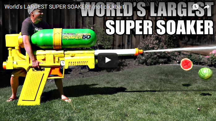 【動画】元NASAのエンジニアが超巨大水鉄砲を作ったらこうなったwww