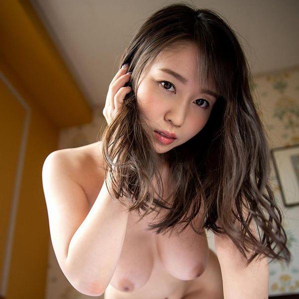 夢乃あいかさん、全裸で縛られ犯されてしまう。