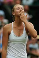 シャラポアの透け乳首テニスが懐かしいエロい画像