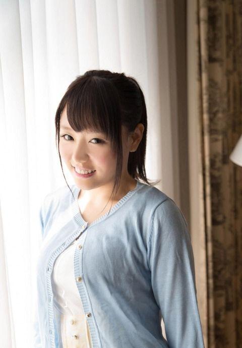【画像】浜崎真緒とかいうAV出まくり女www