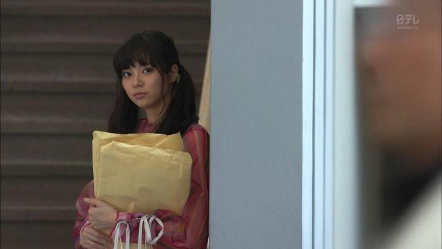 新川優愛 「脳にスマホが埋められた! 第5話」