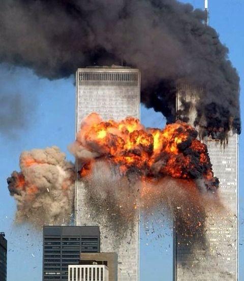 【画像】9・11の写真凄まじすぎ・・・・・・
