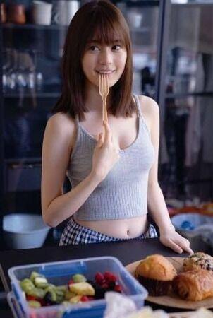 生田絵梨花「スポーツブラっておっぱいの形が出ちゃうのがイヤ」