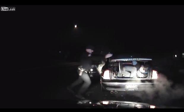 アイダホ警察、間抜けな逃亡犯を逮捕する。