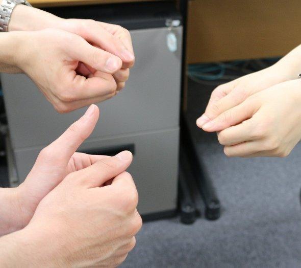【たこたこ ○!】「親指ゲーム」の掛け声が色々あるの皆は知ってた?! (数字を指定する遊び)