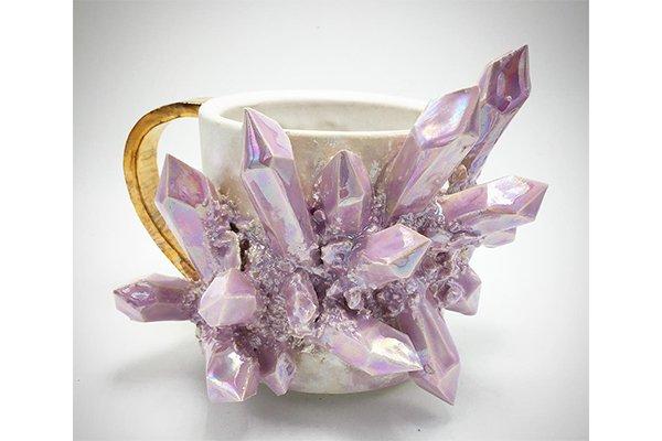 【神秘的】天然石の結晶をモチーフにしたカップが話題に