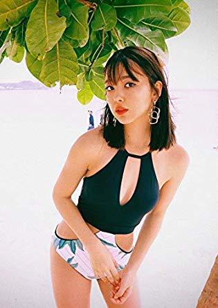 """【タレント】藤田ニコル、水着食いこむ""""おっきなヒップ""""に「イイお尻」「セクシーだ」"""