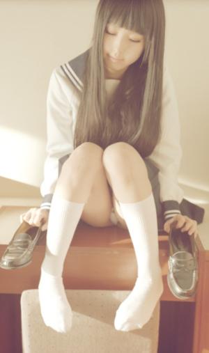 学生時代に出会いたかった制服&ブルマのエロい女子画像www