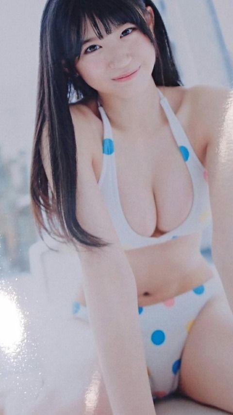 【画像】NMB上西怜の極上おっぱい(;´Д`)ハァハァ