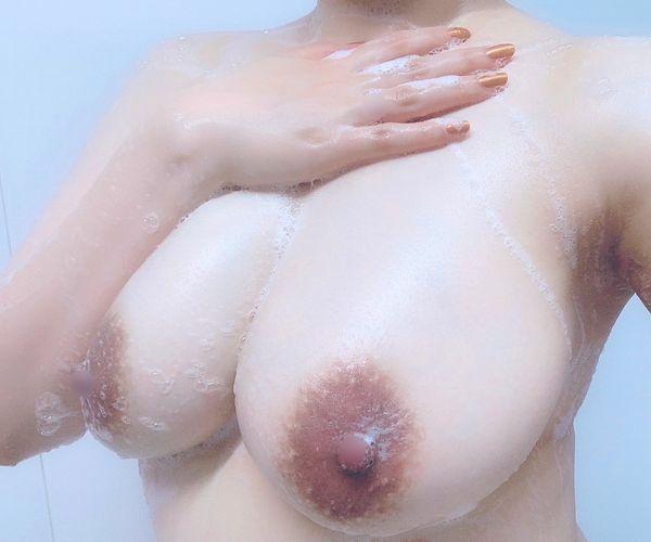 生々しい風呂場自撮りのエロ画像 part15