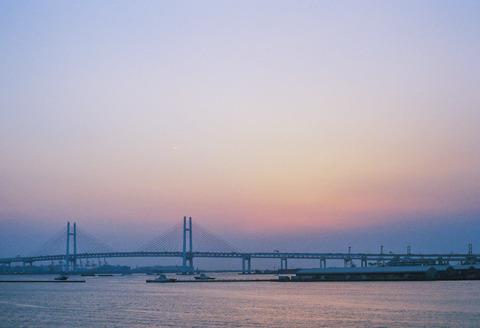 散策 [横浜ベイブリッジ] : PENTAX SP + Super-Takumar 50mm F1.4