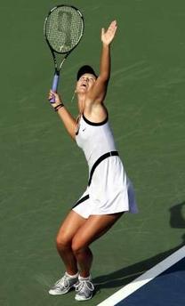 ... シャラポワ 全米オープン 2002