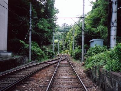 小涌谷駅・彫刻の森方面。