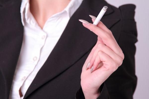 喫煙は多発性硬化症の再発頻度を増やす