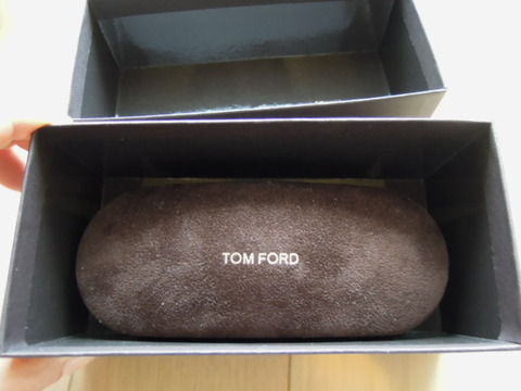 トムフォード 眼鏡 フレーム をサングラスに