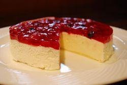 グーテ・ド・ママンのベリーベリーレアチーズケーキ