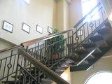 2階へ続く、階段