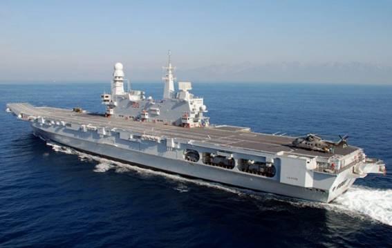 イタリア海軍HPより。写真もイタリア海軍提供。イタリア海軍の空母「カブー... イタリア海軍の空