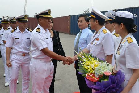 ブルネイ海軍ベトナムを訪問