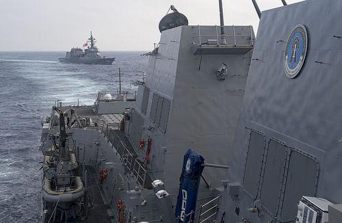 てるづき 南中国海で演習2017.3