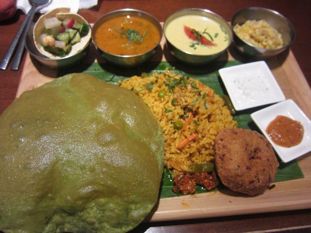 JR品川駅ナカのインド料理「シターラダイナー」で限定の「南インドのミールスセット」