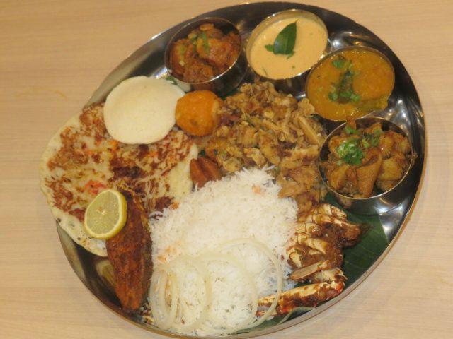 南インド料理「ヤジニ」(板橋・大山)で50人規模の大宴会!(※見慣れぬミールスはなに?)