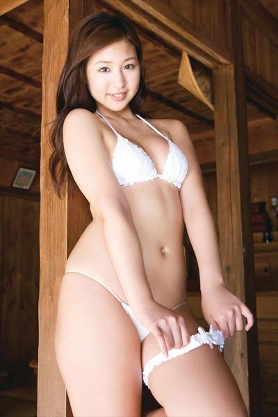 佐山彩香3