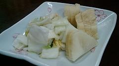 20091222-03金沢「いろは食堂」漬け物サービス