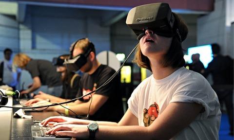 The-Oculus-Rift-headset-i-010
