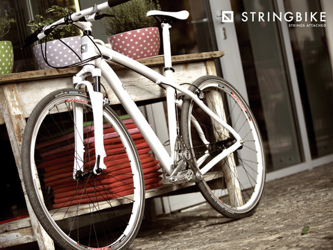 1024x768 stringbike wallpaper02