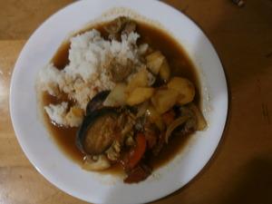 ご飯と夏野菜カレー