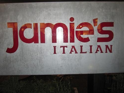 JAMIE OLIVERのレストラン