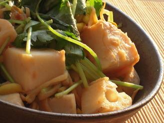 大豆もやしと里芋れんこんの柚子胡椒味噌風味