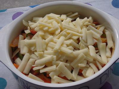 ナポリタンスパゲティのチーズグラタン