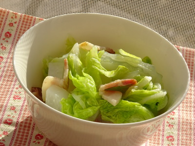 白菜と大根のベーコン煮