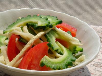 ゴーヤとトマトと切り干し大根の柚子こしょうマヨ風味