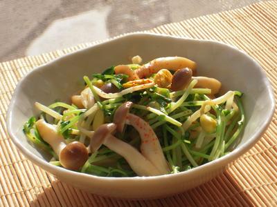 大豆もやしとシメジの胡麻ポン酢風味