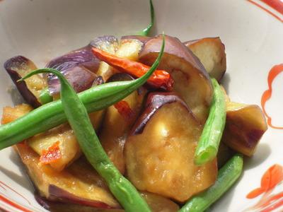 茄子とさやいんげんの麺つゆマリネ風