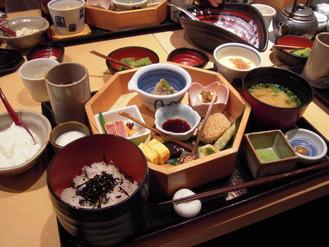 お豆腐料理八かく庵』さんのランチ