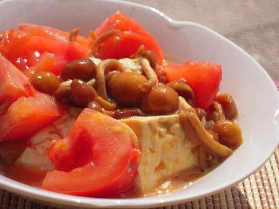 豆腐となめことトマトのとろとろチャンプルー