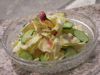 春キャベツのサラダ桜マヨ風味