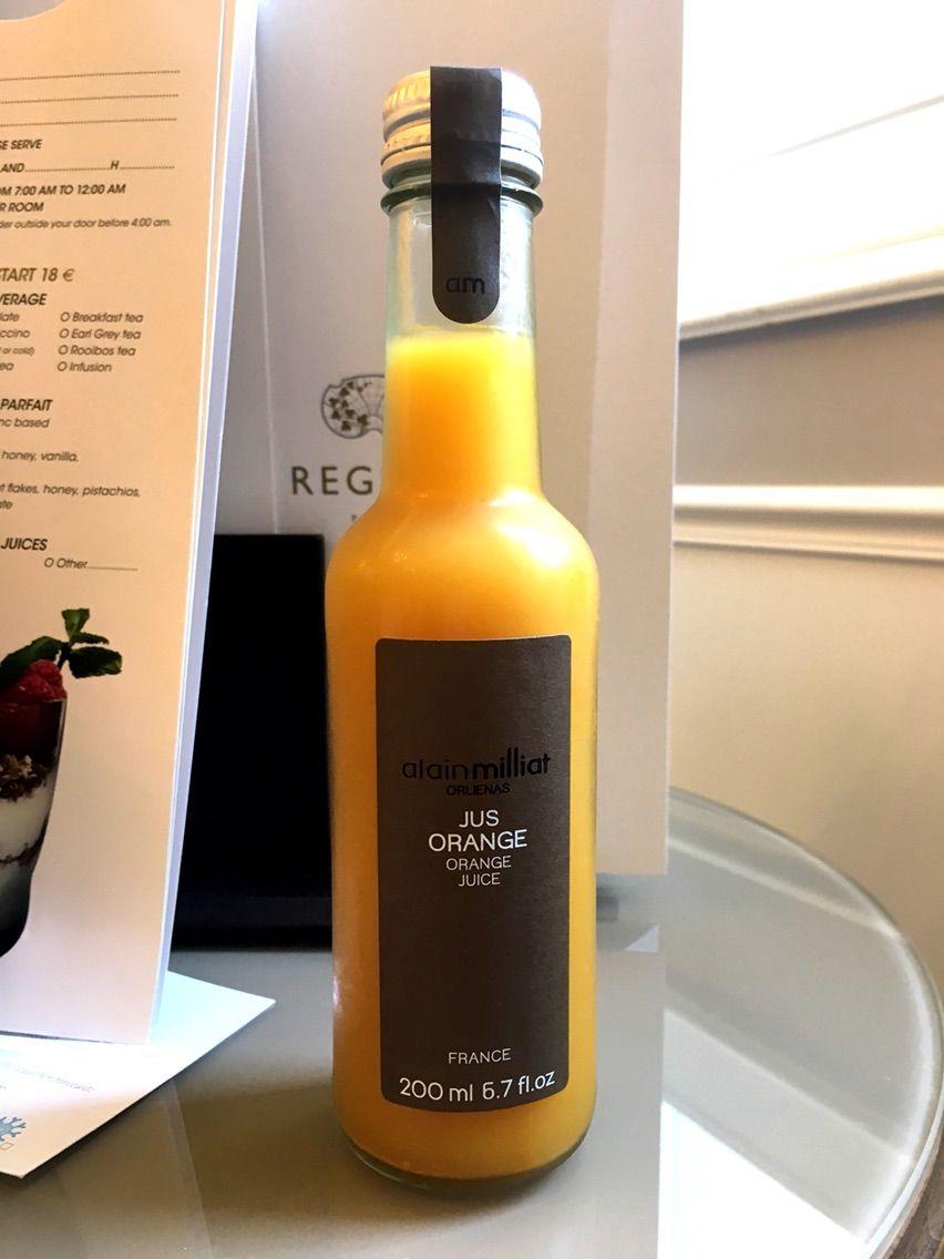 パリのオレンジジュース