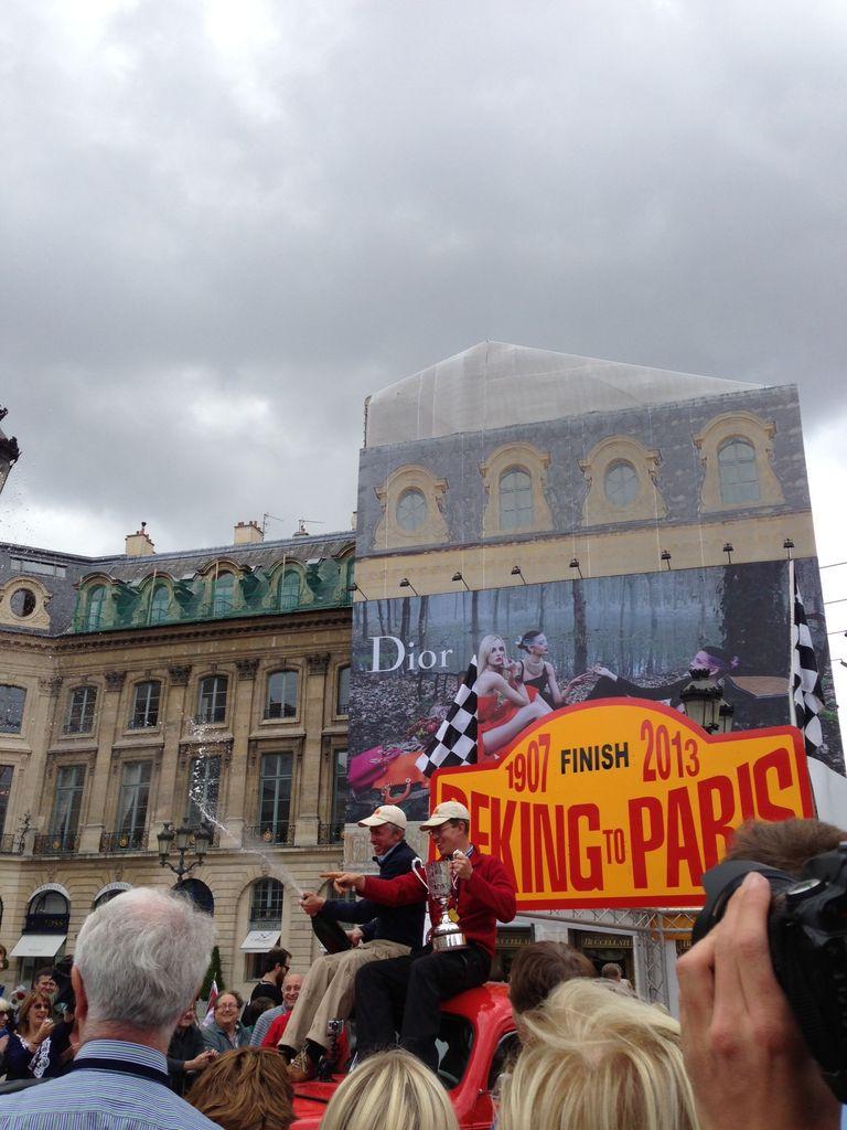 パリのクラシックカーレースその1