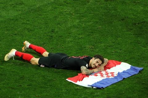眠るクロアチア