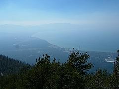LakeTahoeのゴンドラで登った展望台。高い!素晴らしい眺め。