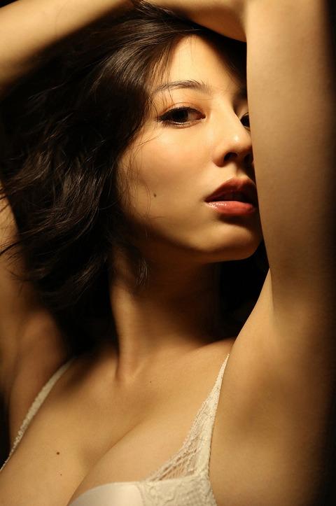 sugimoto_yumi_08_01