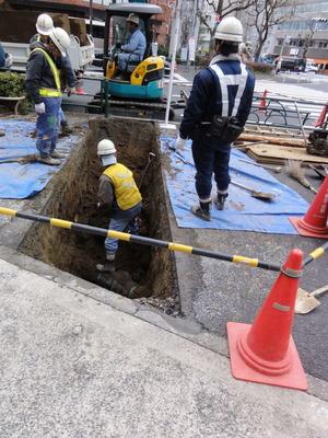 工事でむき出しになった関東ローム層