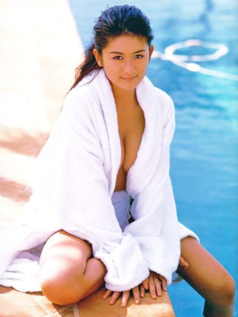 洋服が素敵な桂木亜沙美さん