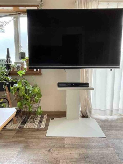 壁寄せテレビスタンドハイタイプのメリット、デメリットは?